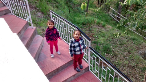 Met these munchkins at our Homestay!