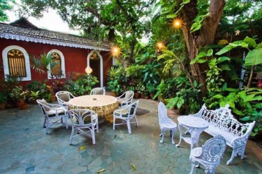 Courtyard-Marbella